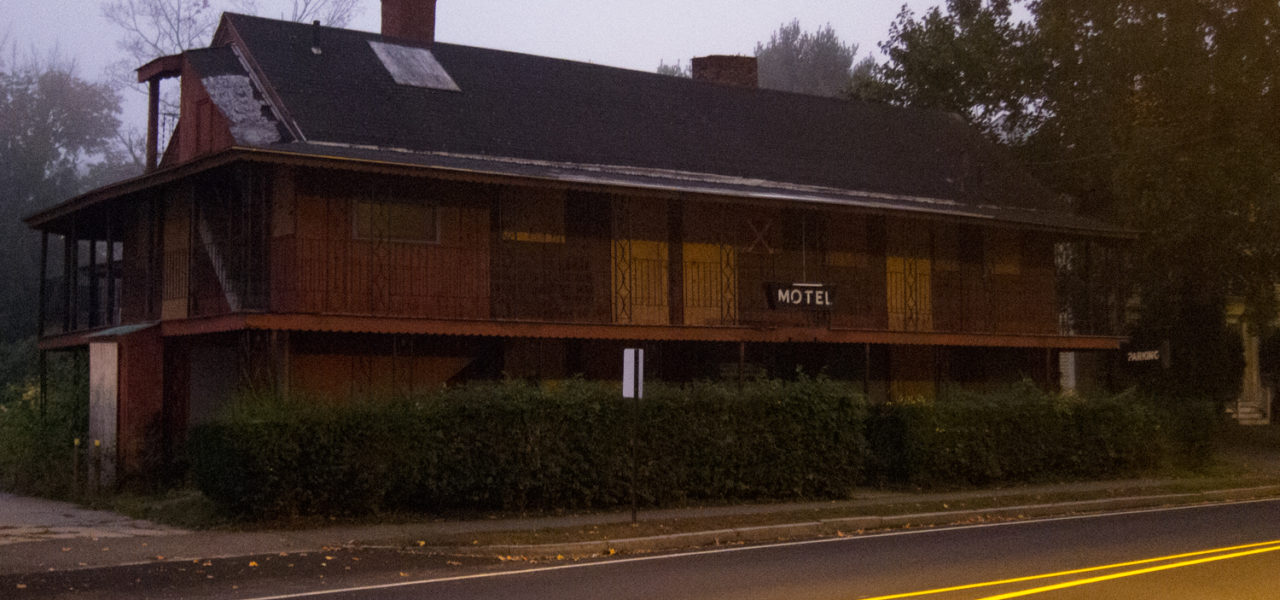 Exterior of Shaw's Motel, abandoned.